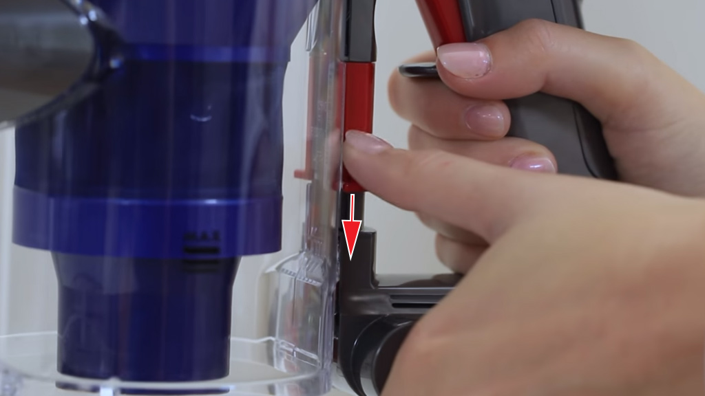 Замена аккумулятора в пылесосе dyson дайсон купиить пылесосы