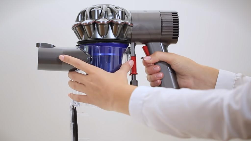 Пылесос дайсон как снять аккумулятор пылесос dyson digital slim купить